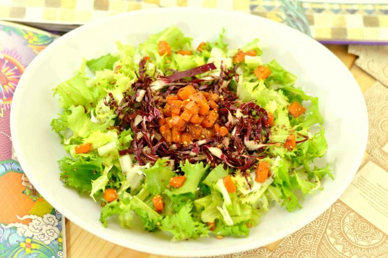 Insalata-riccia-radicchio-rosso-zucca-semini